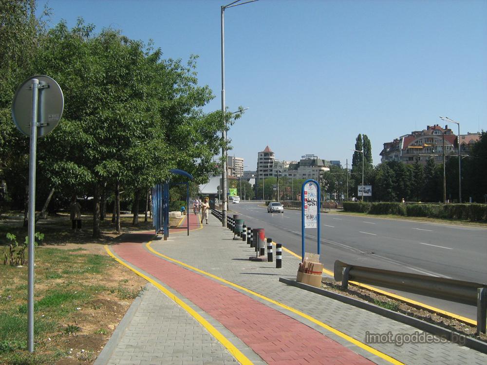 Булевард България -Площад Ручей